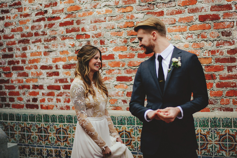 casa feliz wedding first look photos