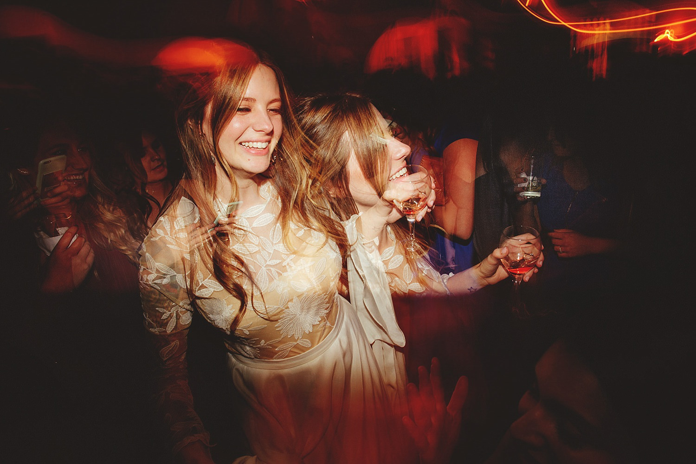 casa feliz wedding photos: fun dancing