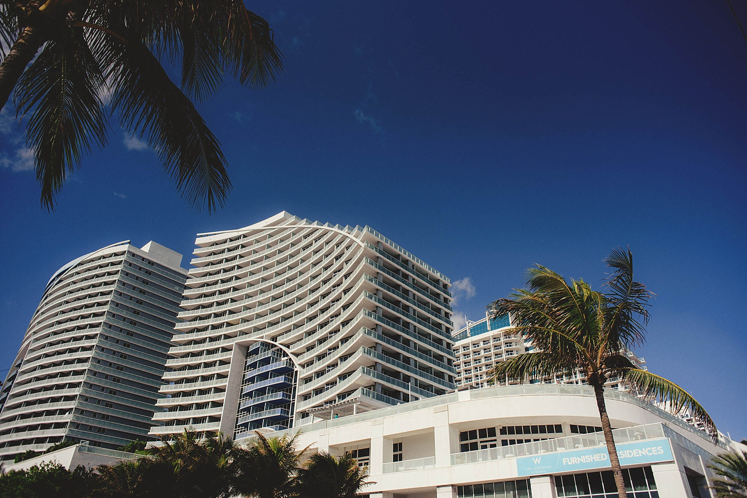 romantic-w-fort-lauderdale-wedding: front of building