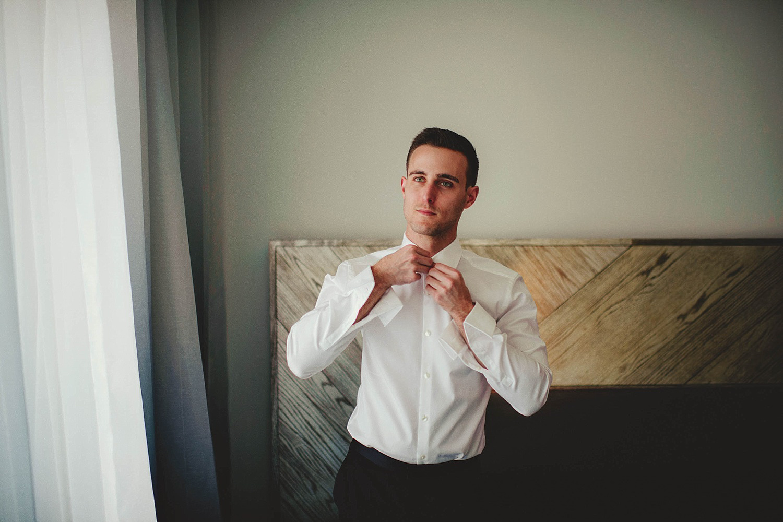 romantic-w-fort-lauderdale-wedding: groom getting ready