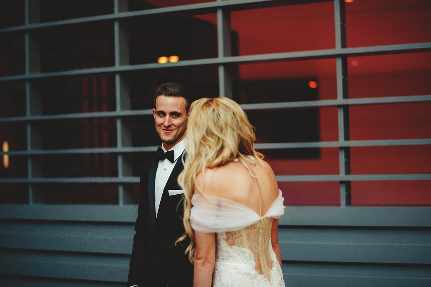 romantic-w-fort-lauderdale-wedding: groom seeing bride for first