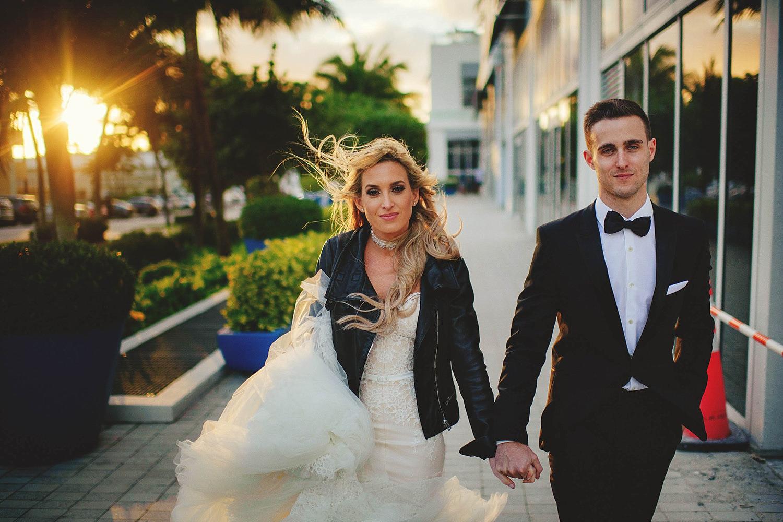 romantic-w-fort-lauderdale-wedding: bride and groom walking