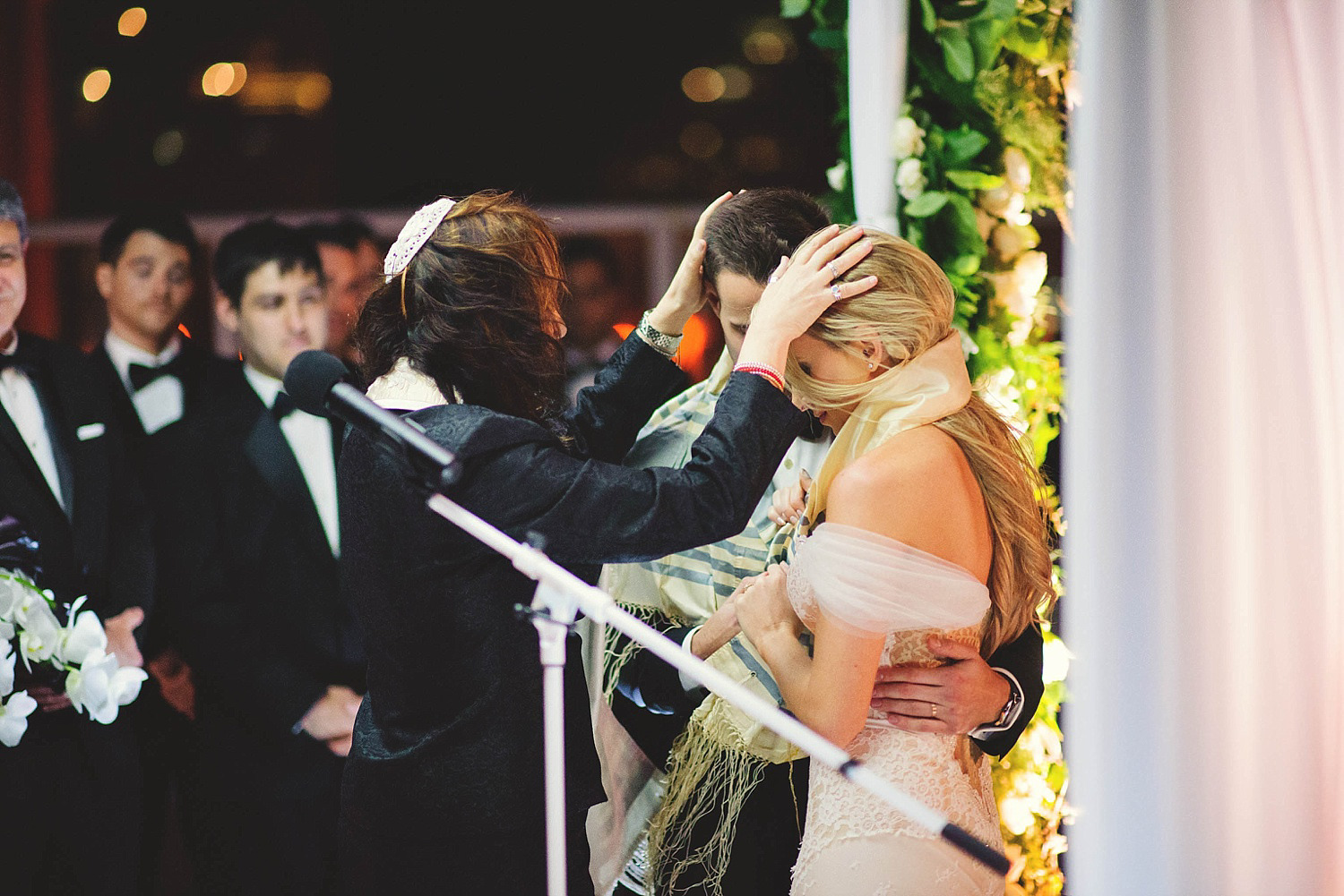 romantic-w-fort-lauderdale-wedding: praying over bride and groom