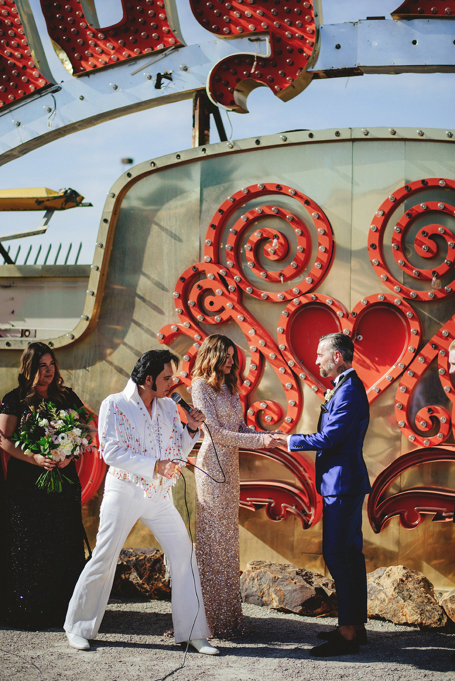 neon museum wedding - elvis marrying the couple