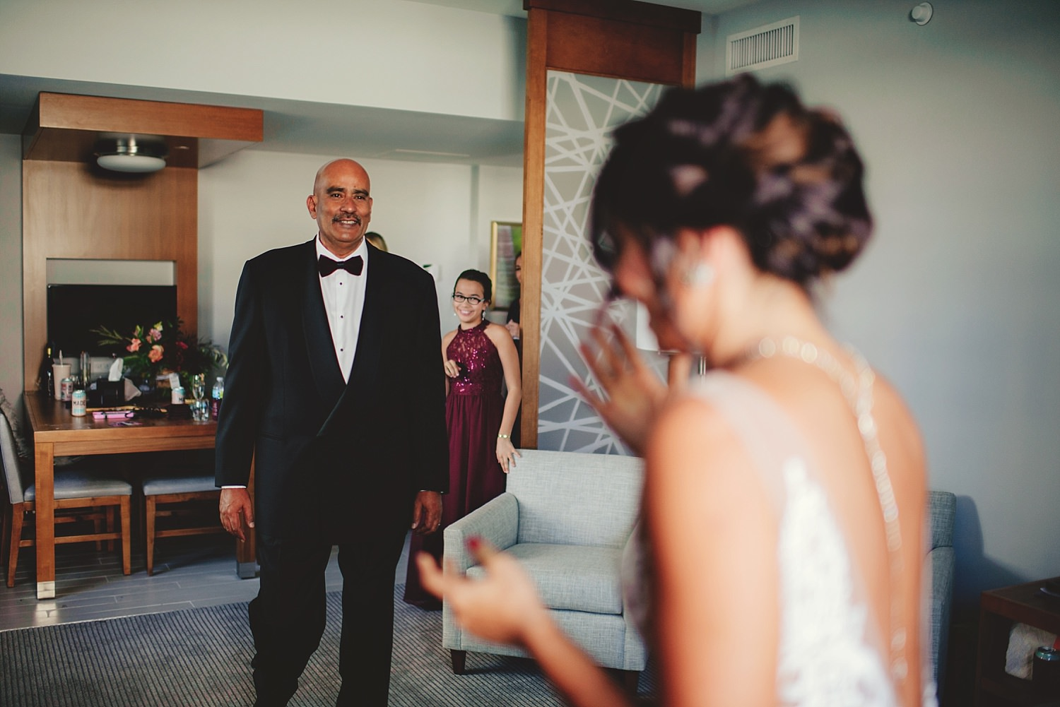 dad's first look with bride