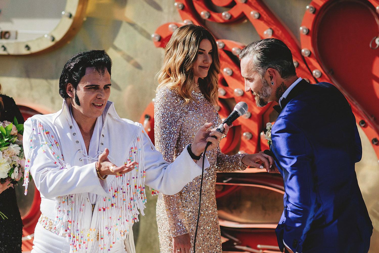 elvis having groom say vows