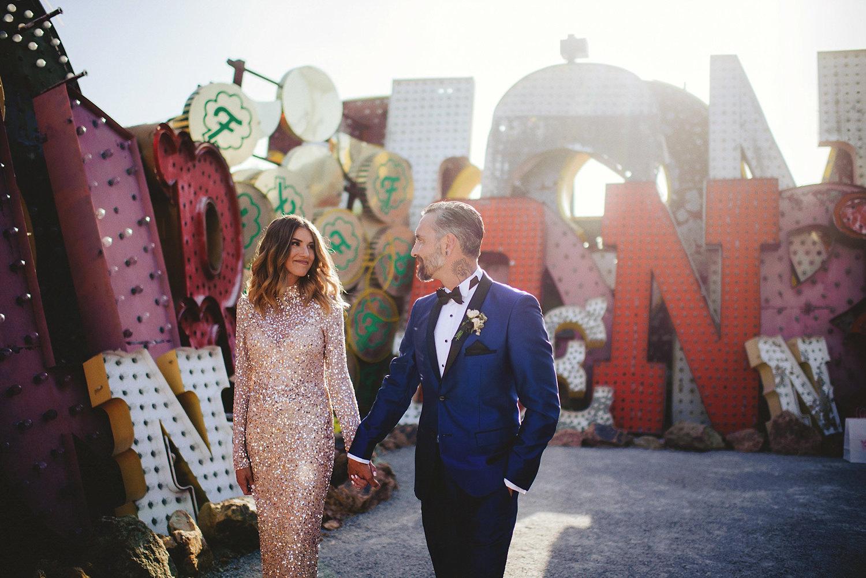 neon museum wedding photos