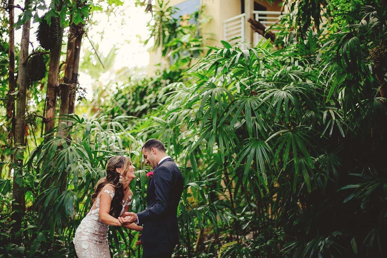 sunken-gardens-romantic-wedding-photos-0040.JPG