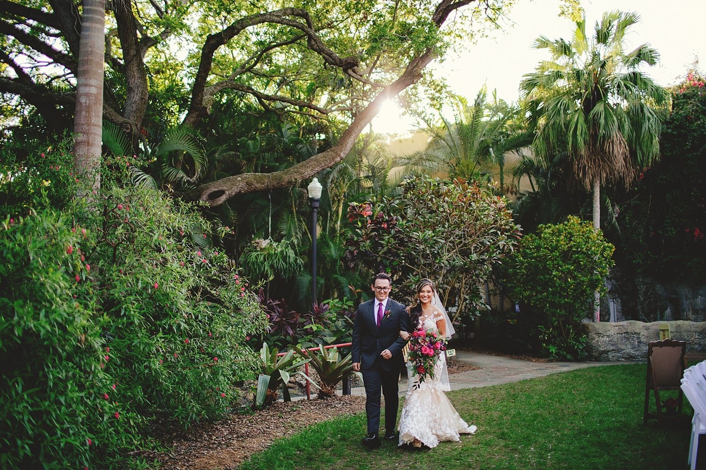sunken-gardens-romantic-wedding-photos-0058.JPG