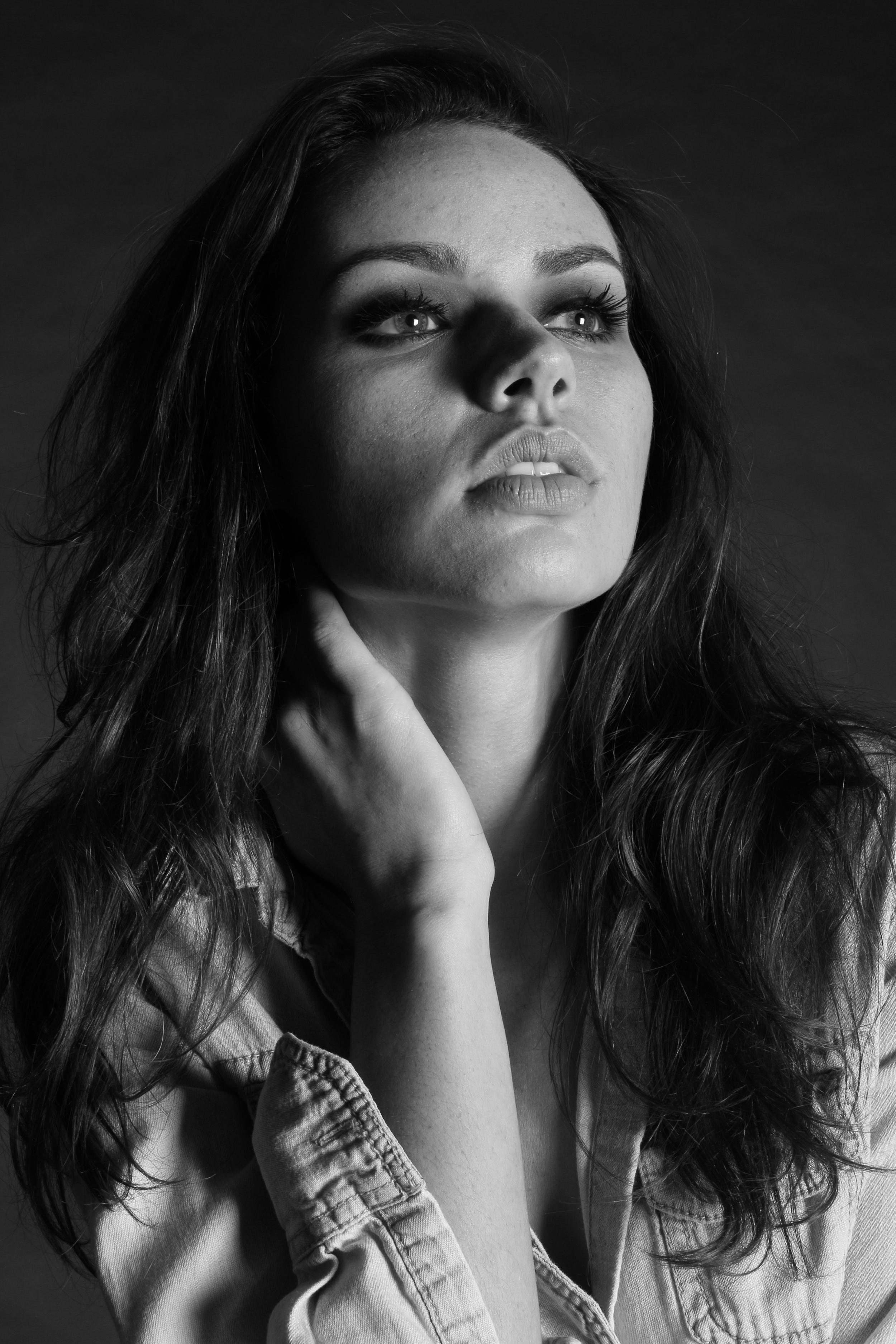 Ariana Lamour: Model