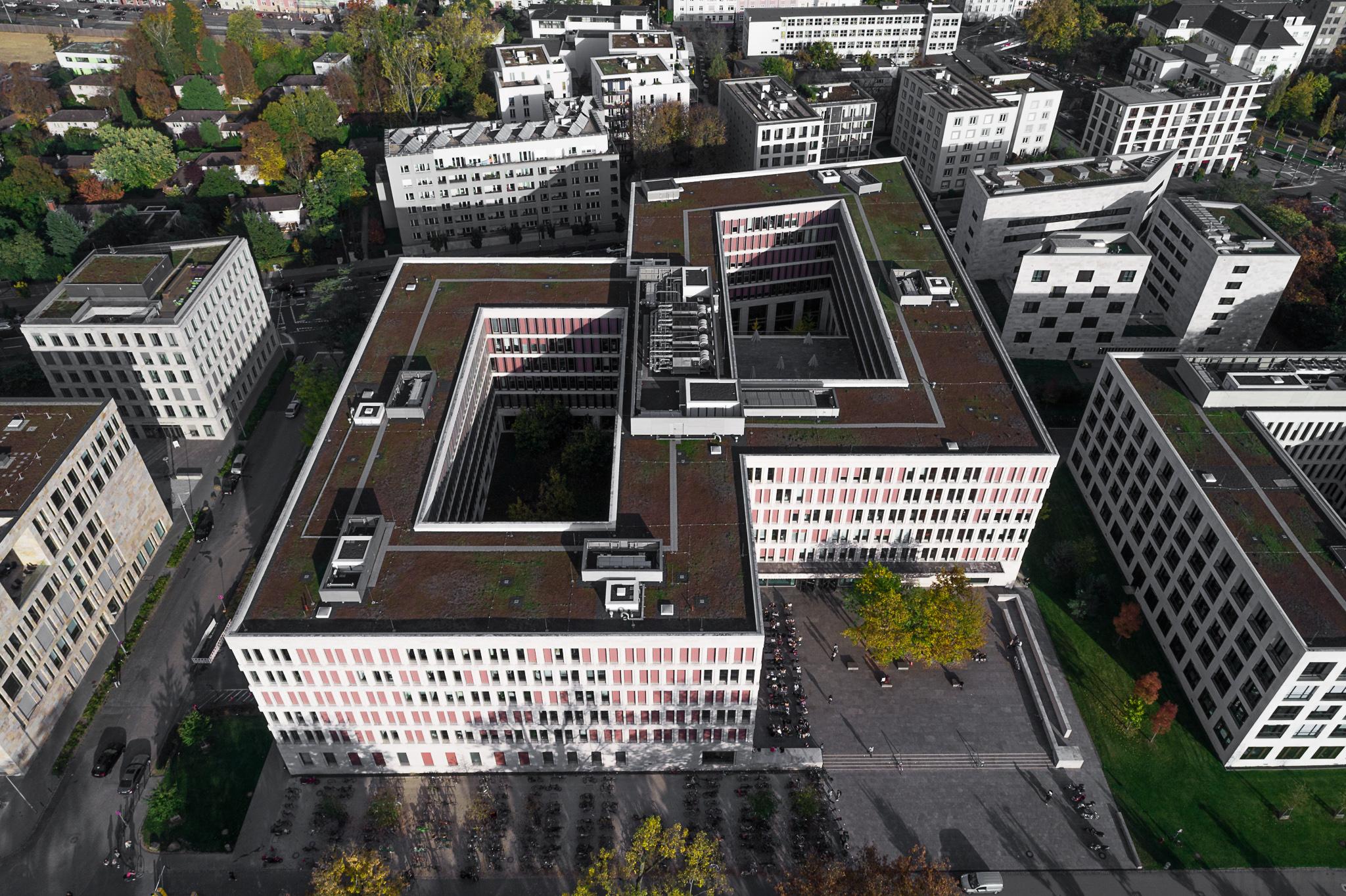 Frankfurt Westend Luftbildaufnahme Architektur