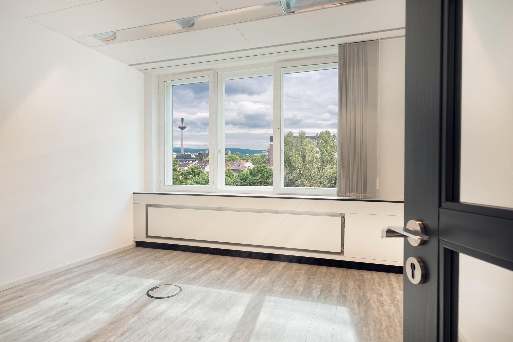 Aussicht aus Fenster, Büro Wohnung Kassel