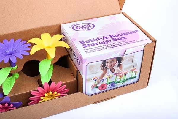 Tthe Build-A-Bouquet comes with a Storage Box
