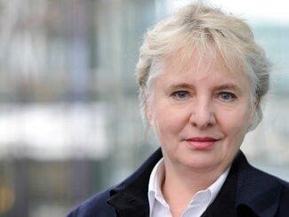 Dr. Sabine Stricker-Kellerer Ausschnitt web.jpg
