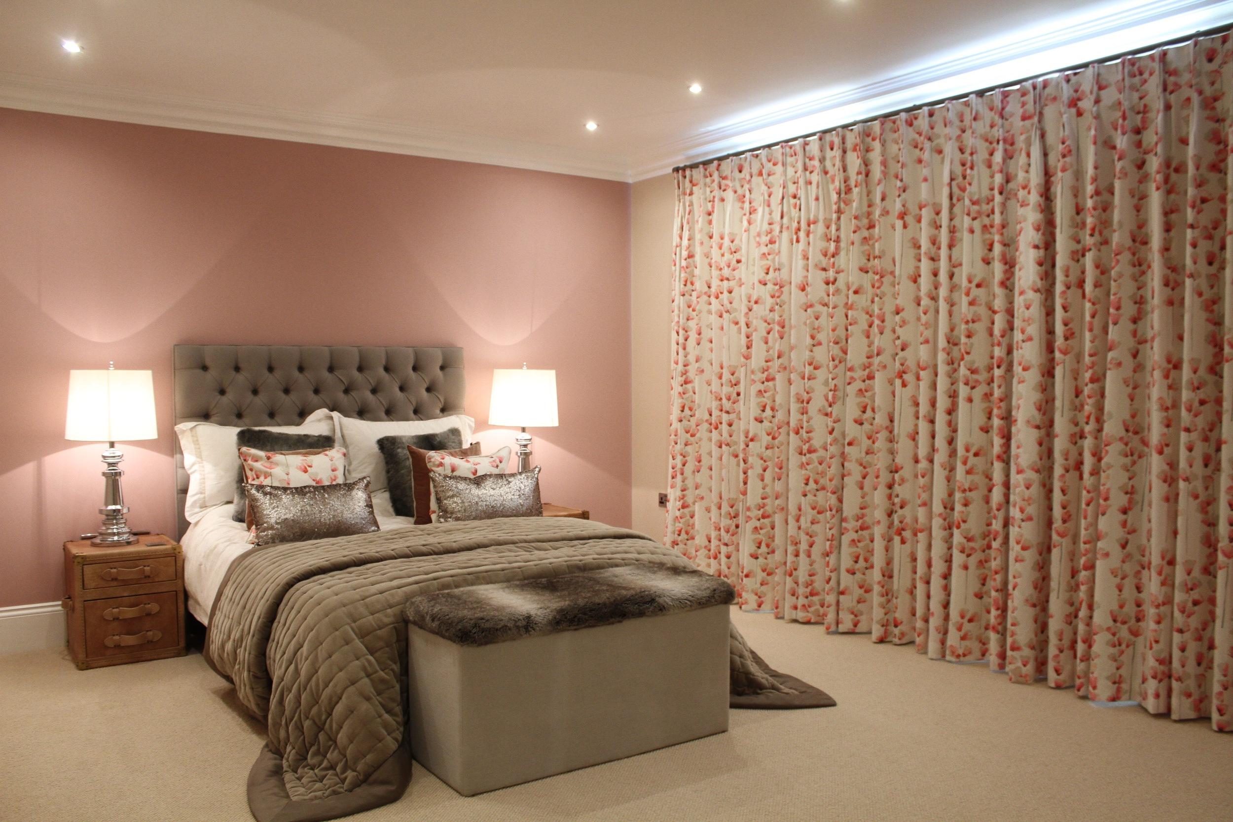 Eyebrook 1st guest bed 2.jpg