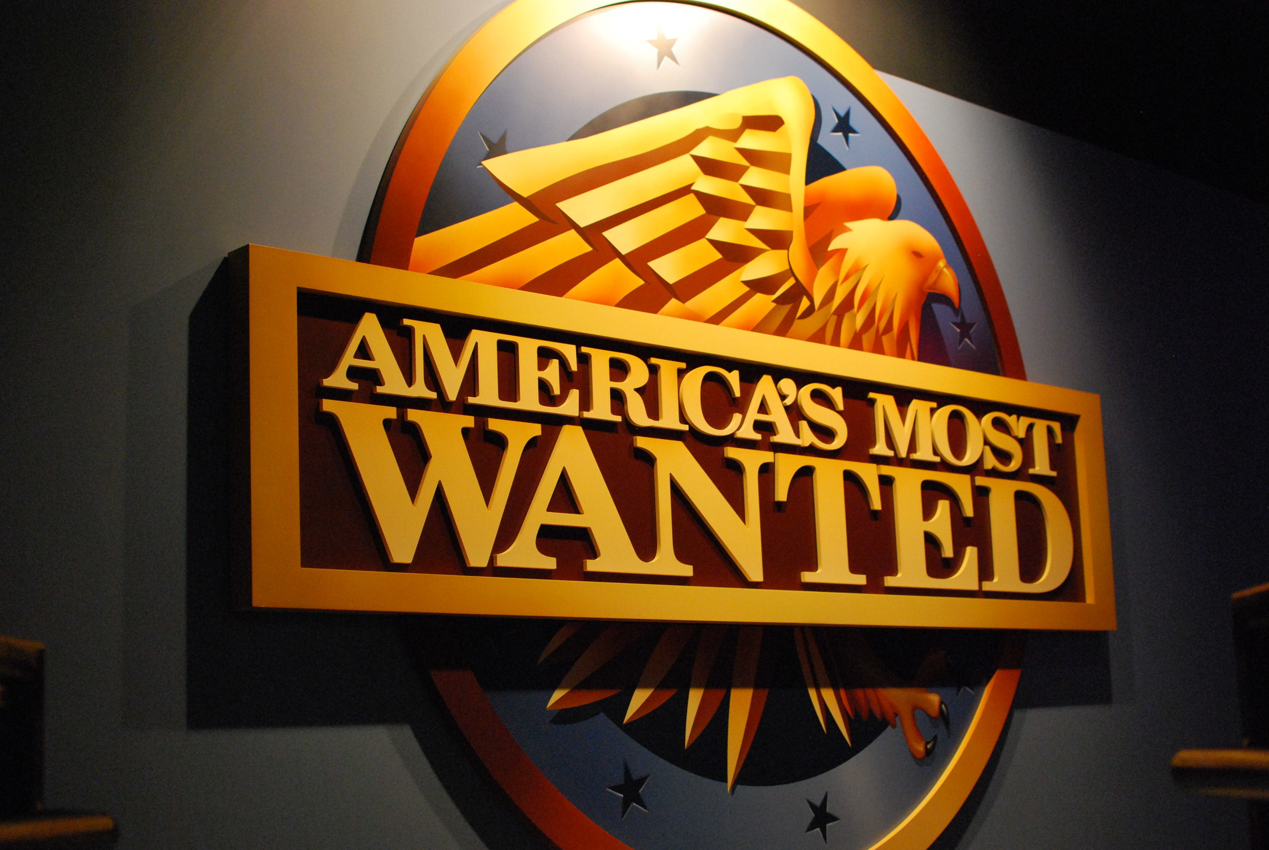 Logo_of_Americas_Most_Wanted_(11199507225).jpg