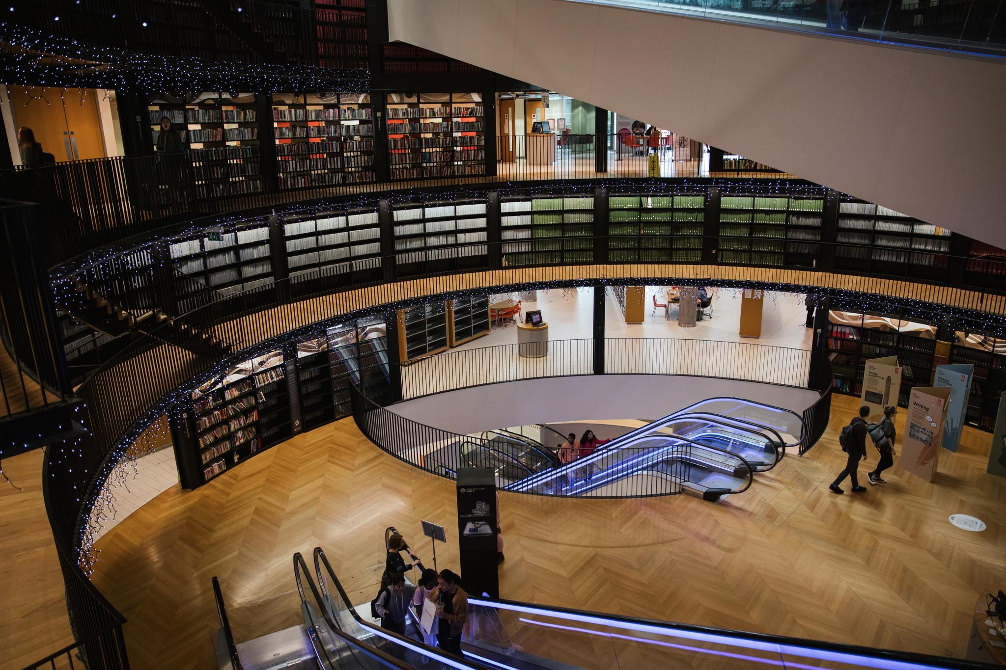 Darren-Harriott-LNR_Birmingham-Library-180.JPG