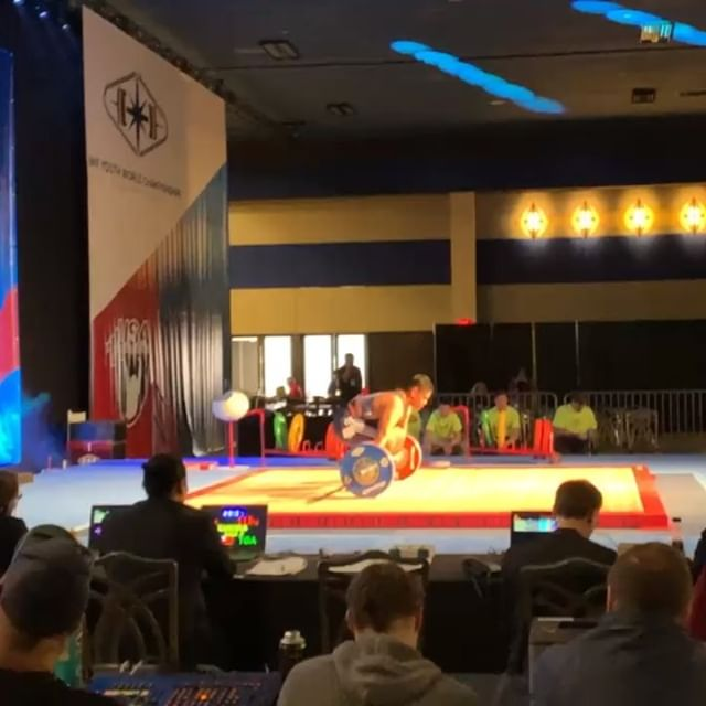 @nyny.manumua brother Sikoti with two huge pr's at youth worlds!!!! 115, 136 #hecalledhislastweight