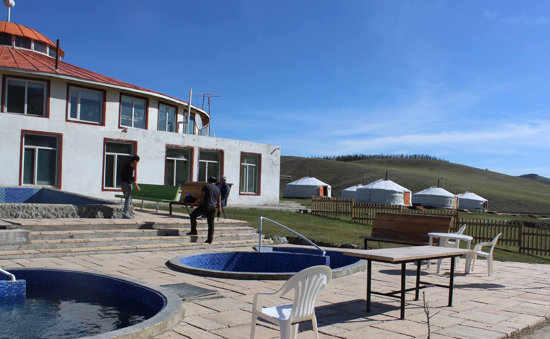 In this tourist resort in central Mongolia, water from natural hot springs is pumped into swimming pools and used for showers.
