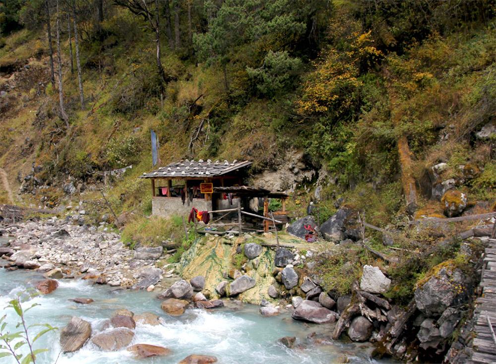 Dhur Tsachu (hot spring) in Bumthang.