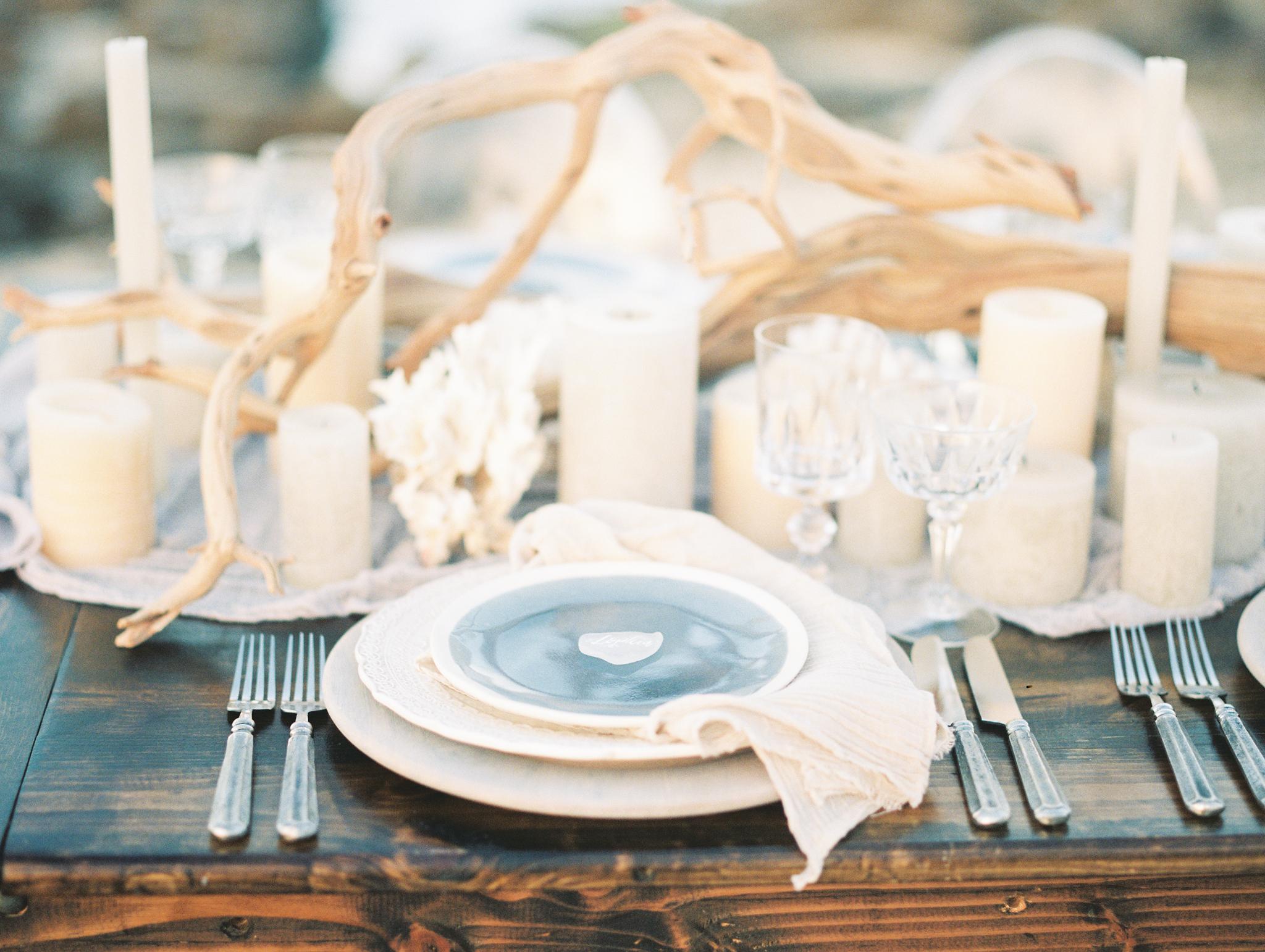 coral cove, jupiter beach FL, palm beach wedding photos, reception table