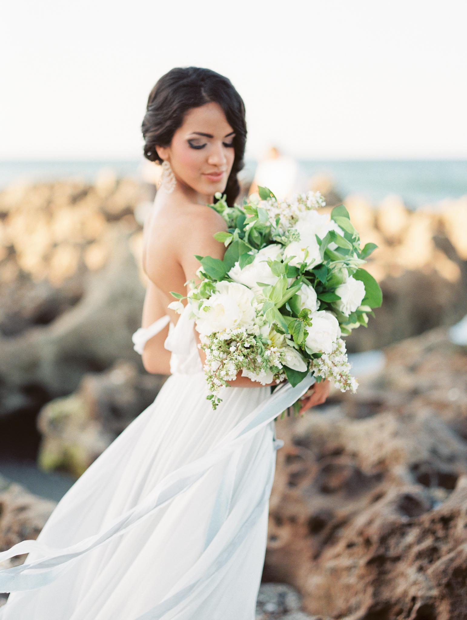 coral cove, jupiter beach FL, palm beach wedding photos, bride portraits