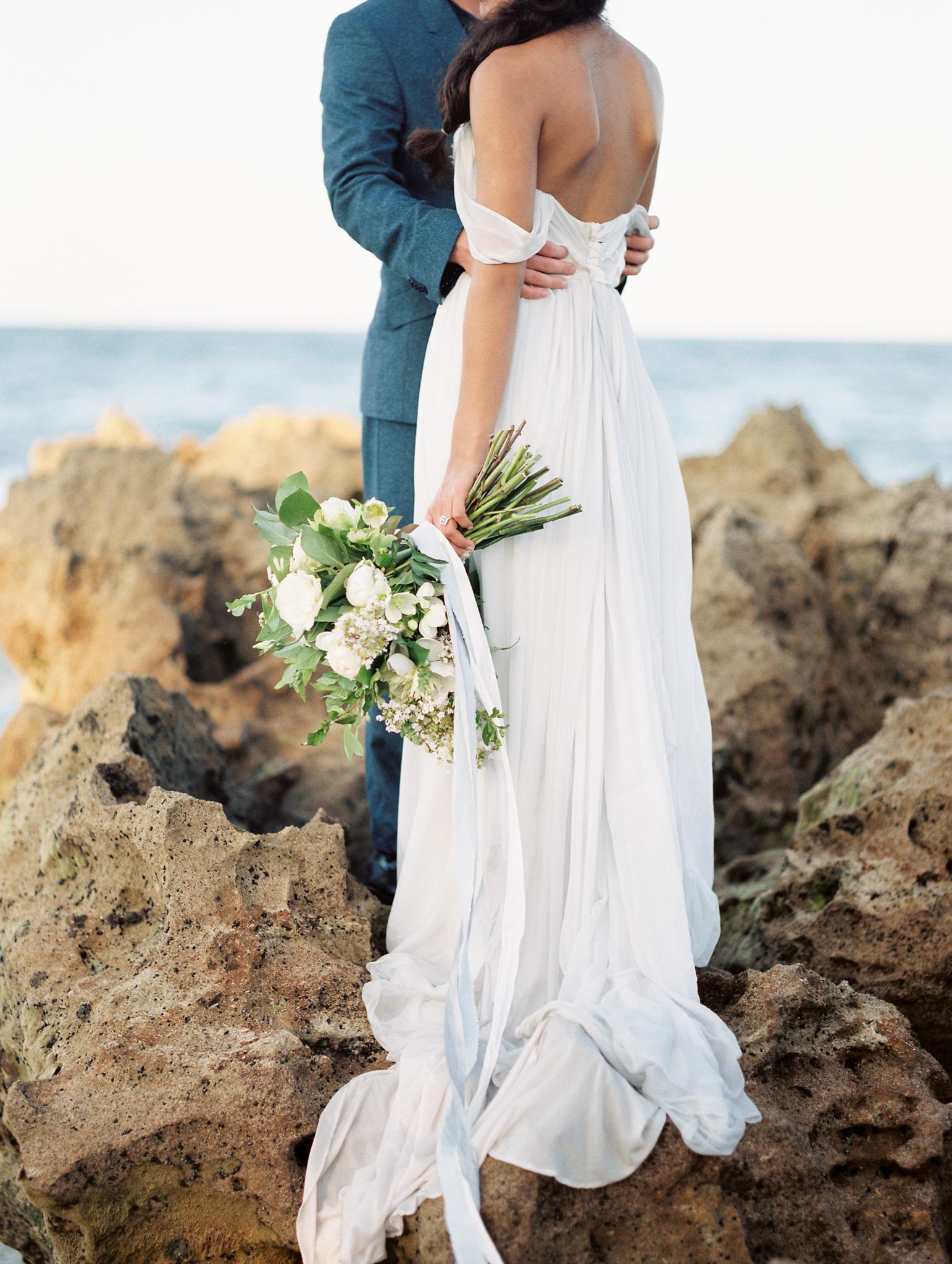 coral cove, jupiter beach FL, palm beach wedding dress photos