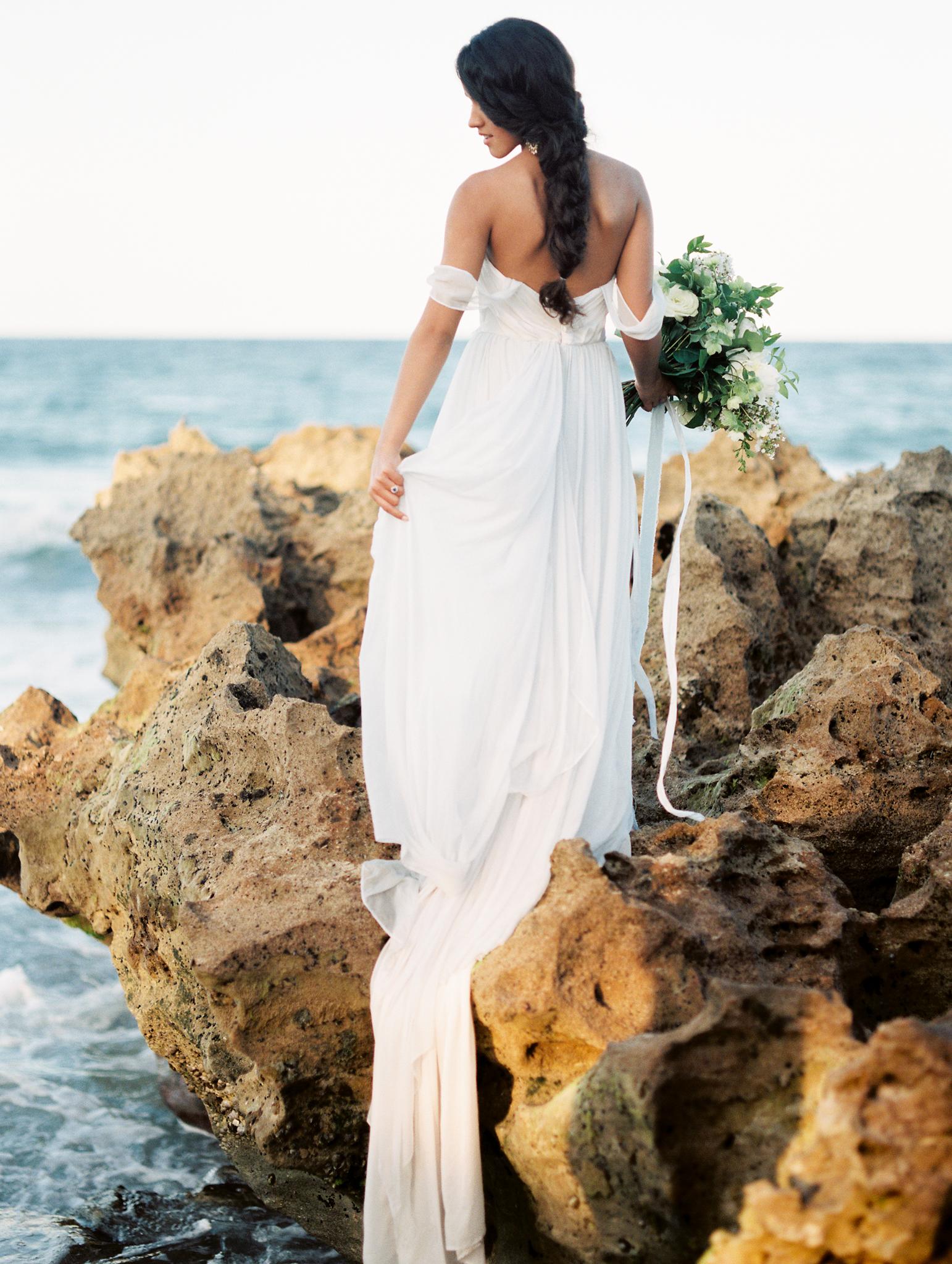 coral cove, jupiter beach FL, palm beach wedding photos, wedding dress on bride photos