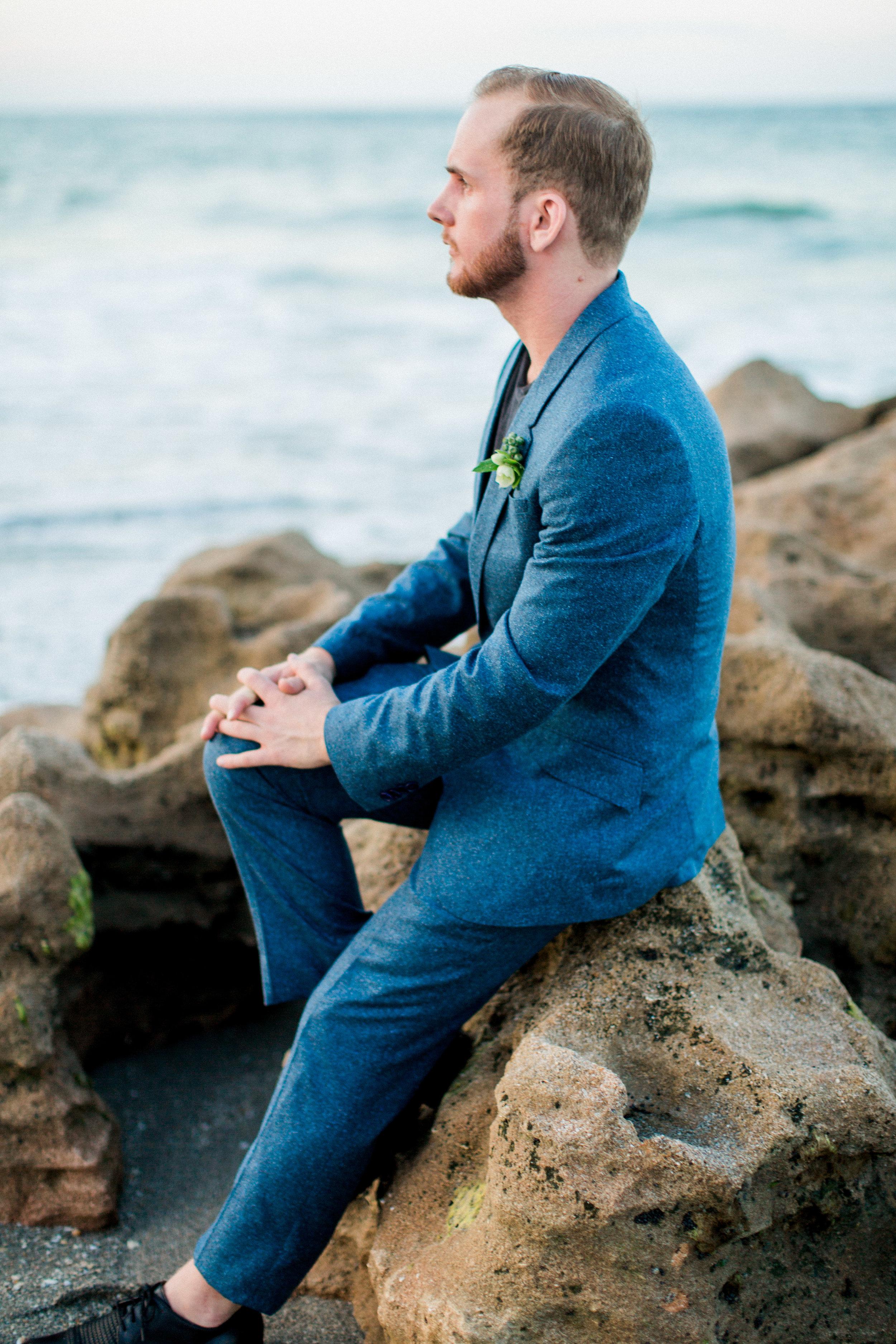 coral cove, jupiter beach FL, palm beach wedding photos, groom on beach