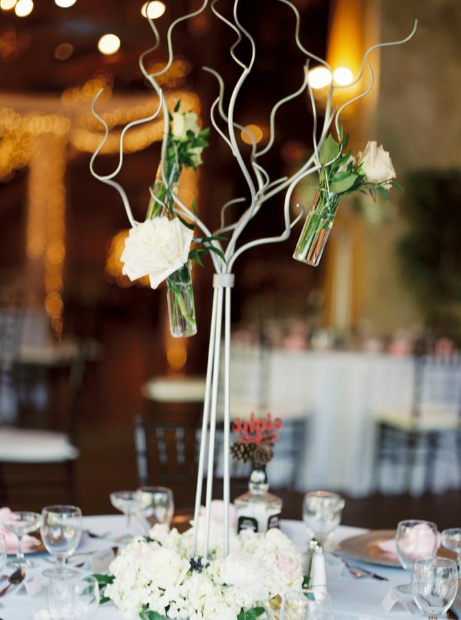estate on the halifax in daytona beach, port orange fl wedding photos, reception centerpiece details