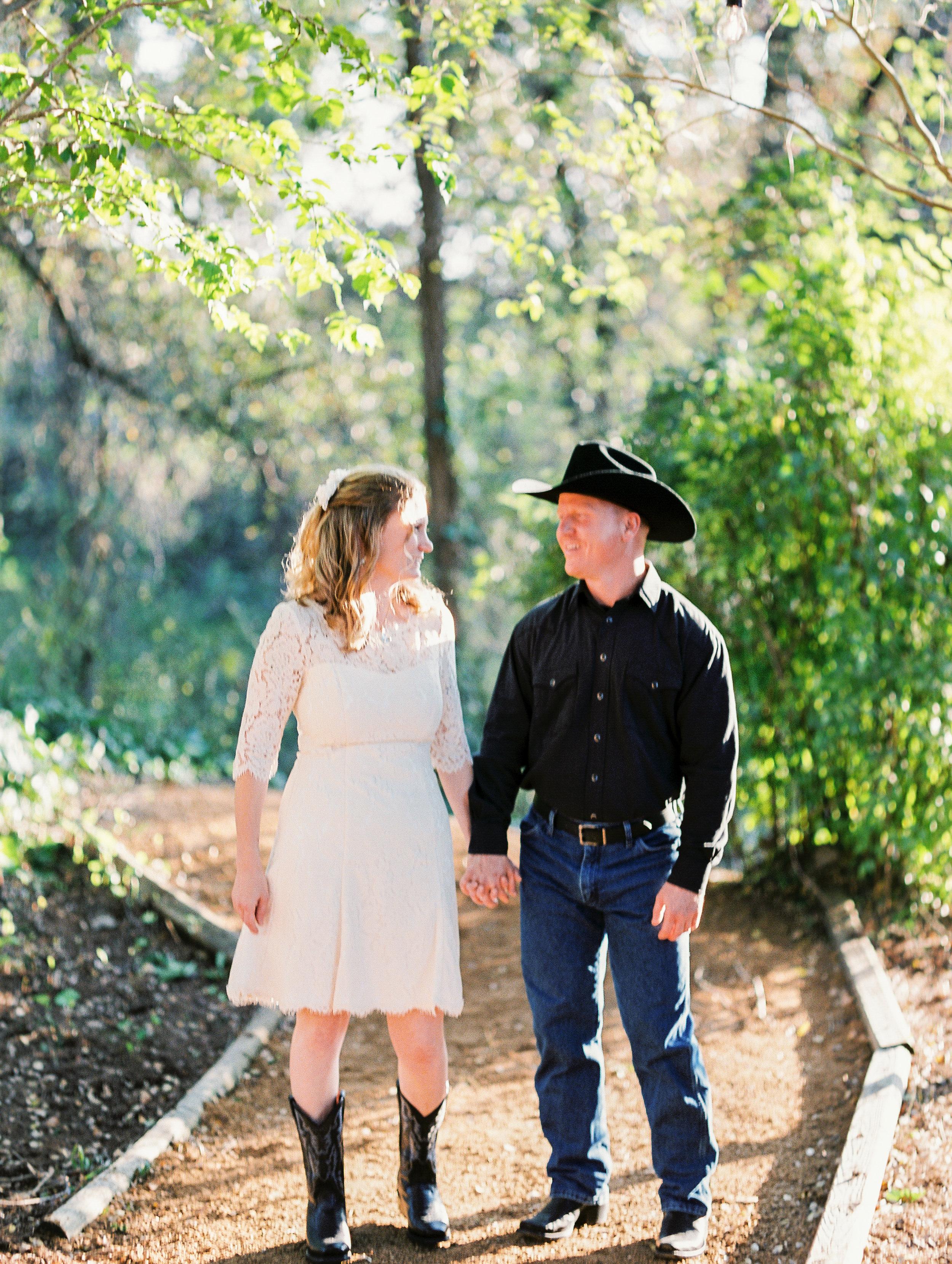 waco lorena texas rustic wedding photos