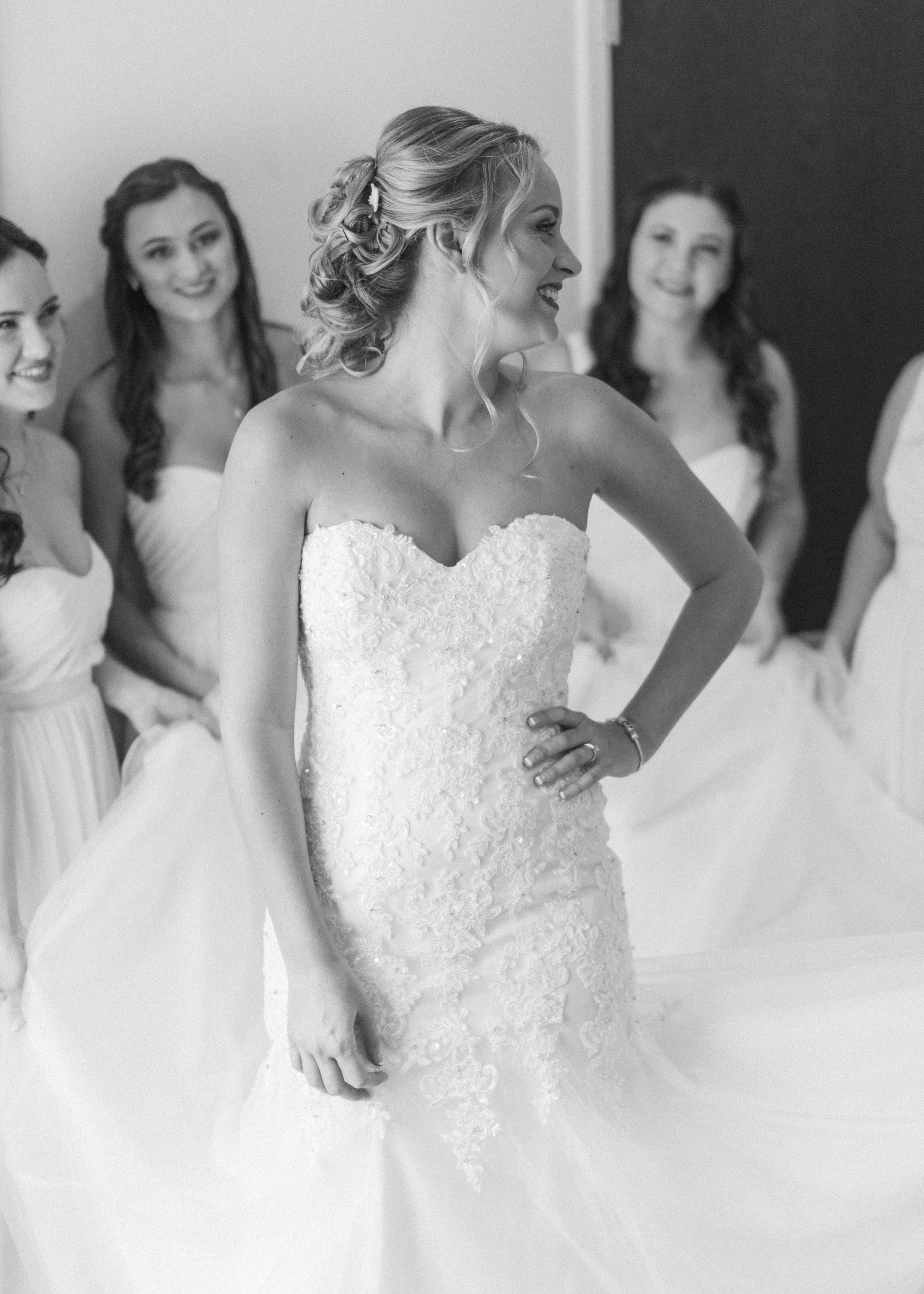 lake-mary-events-center-Florida-wedding-photos-bride-with-bridesmaids