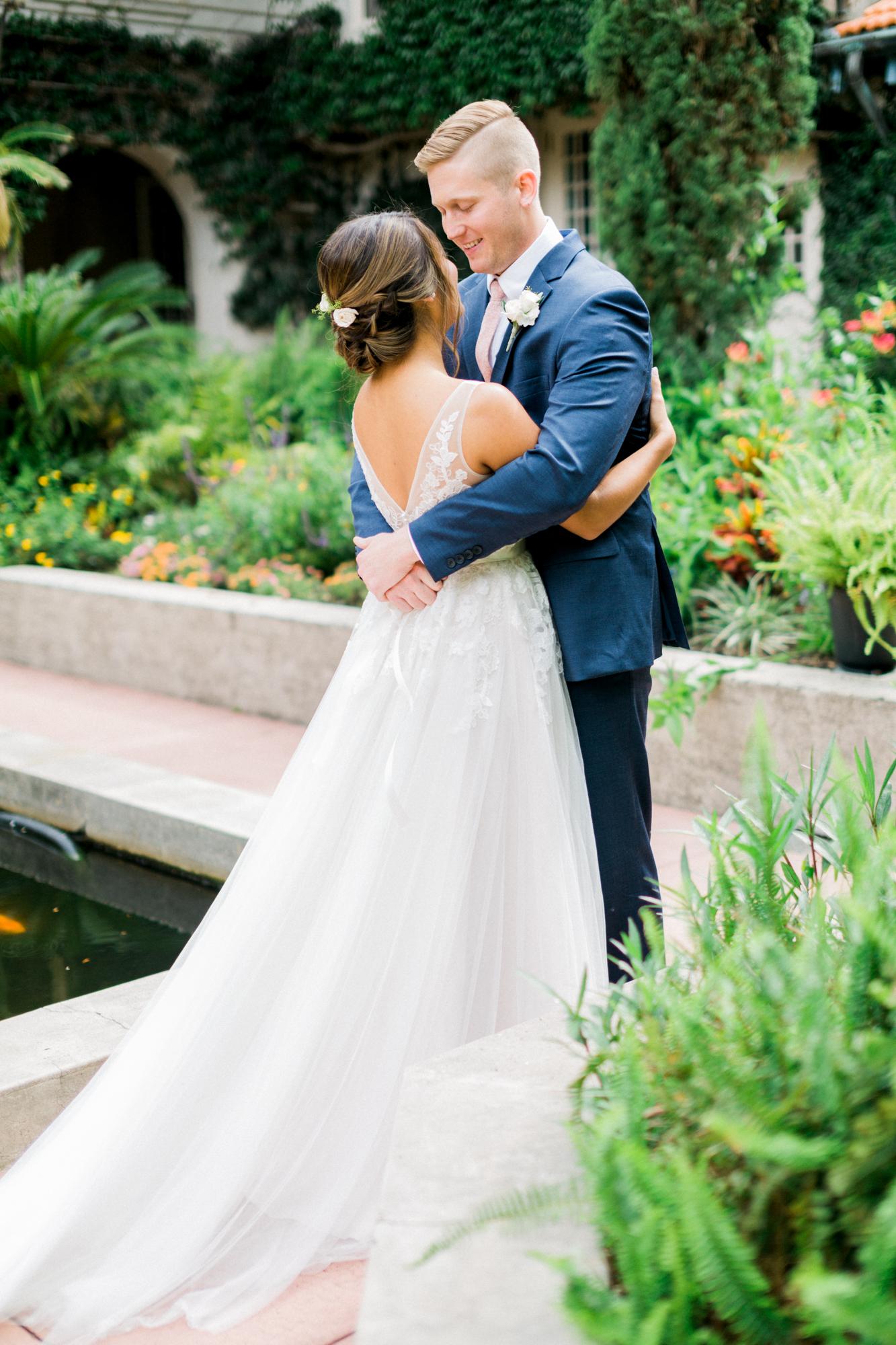 sydonie mansion mount dora orlando fl wedding photos courtyard first look