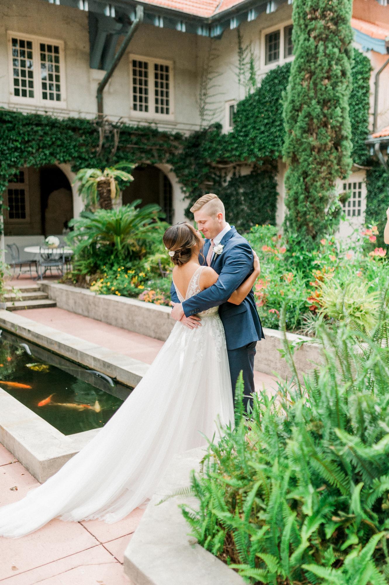sydonie mansion mount dora orlando fl wedding photos first look courtyard