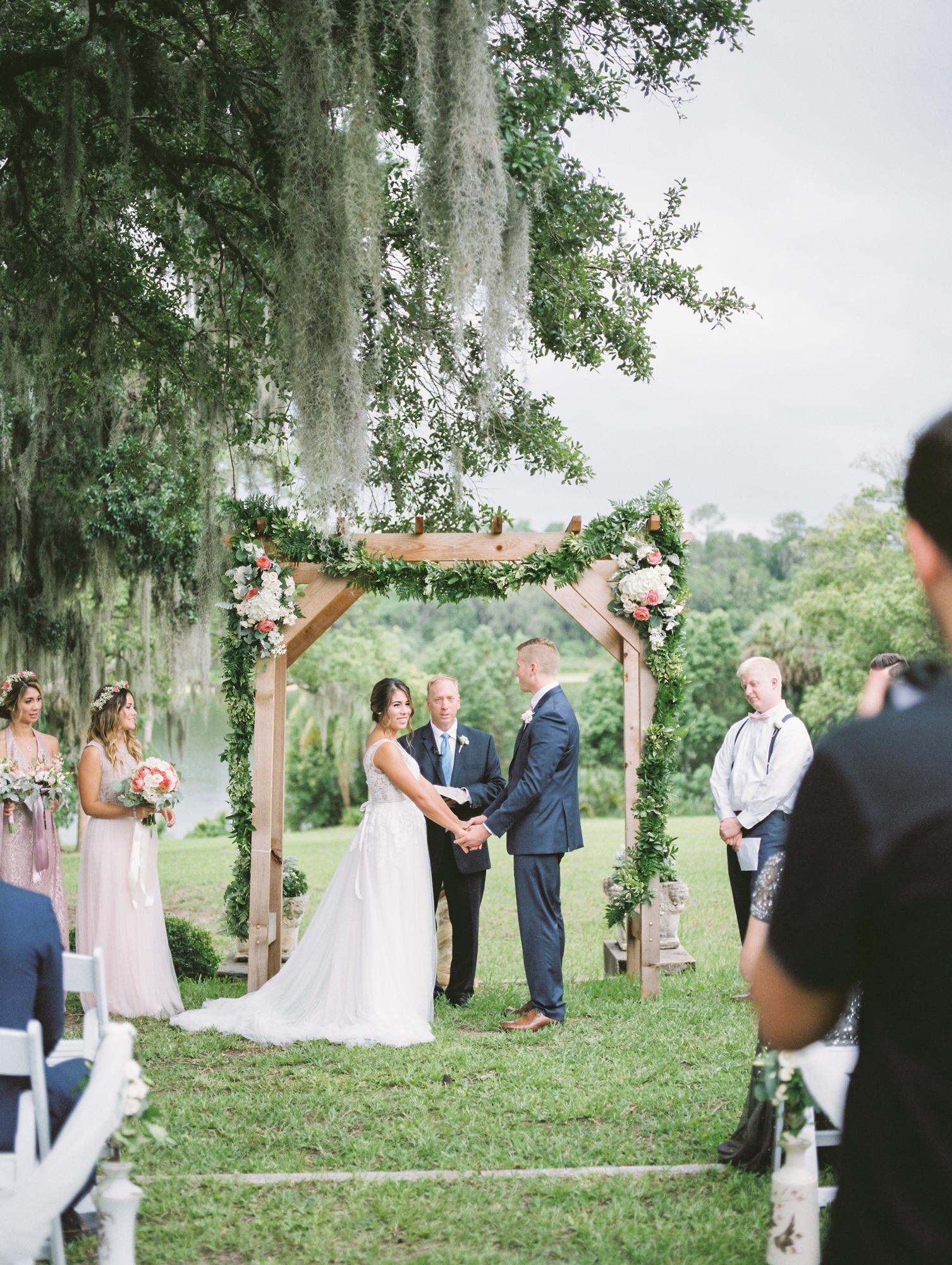 sydonie mansion mount dora orlando fl wedding photos ceremony