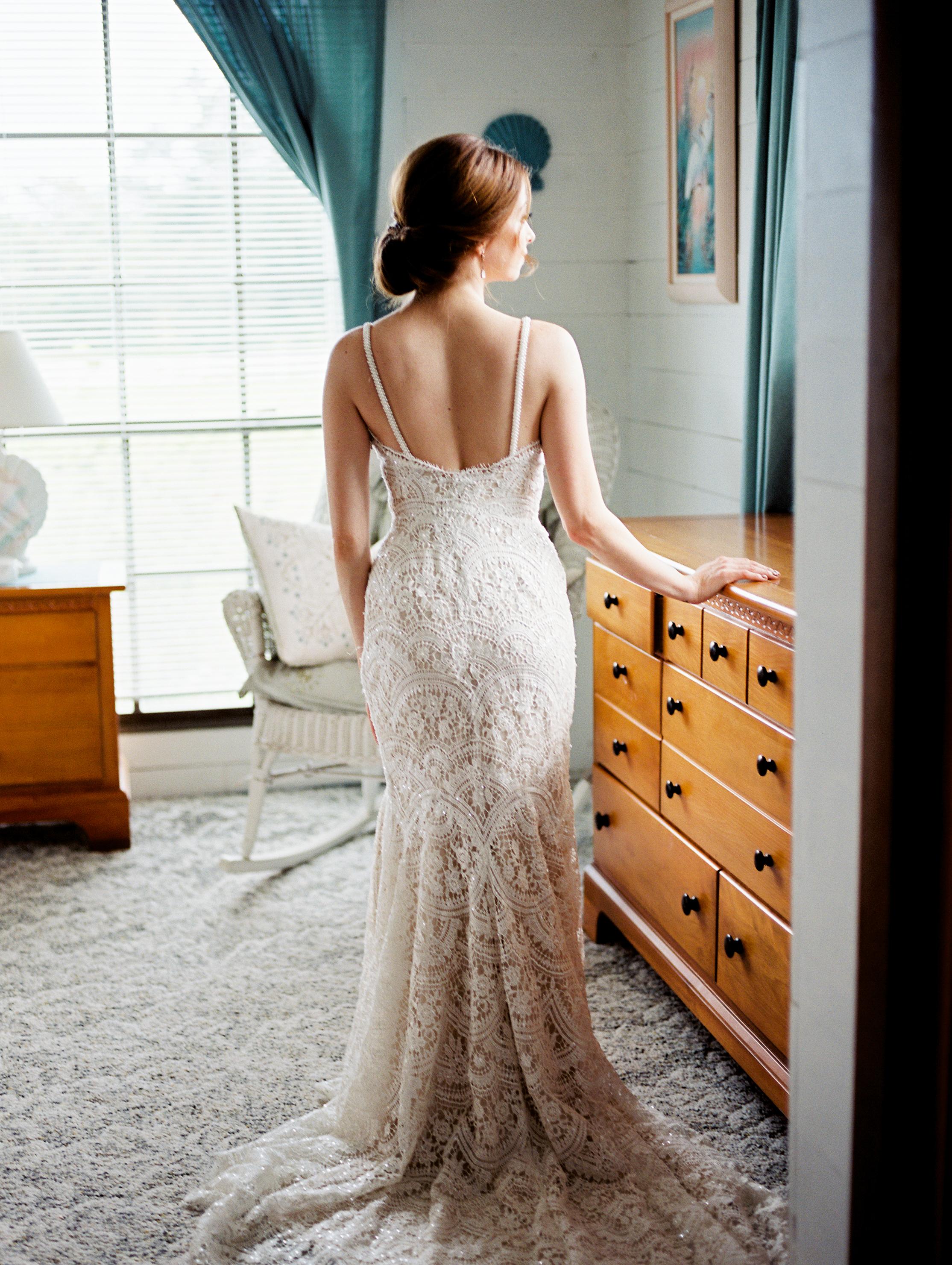 orlando florida wedding photography bride getting ready