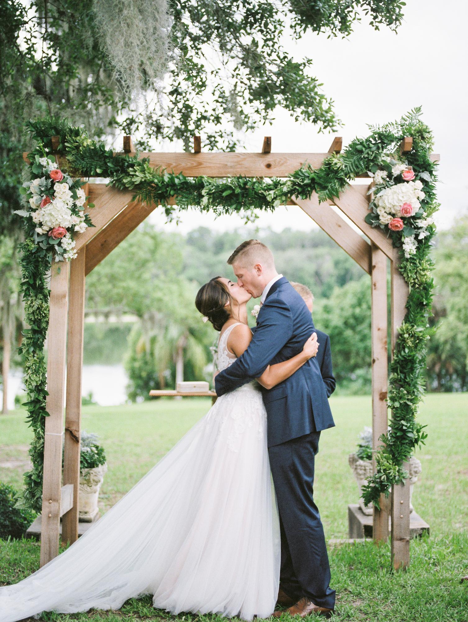 sydonie-mansion-mount-dora-orlando-wedding-photos-by-jessica-bellinger-087.jpg