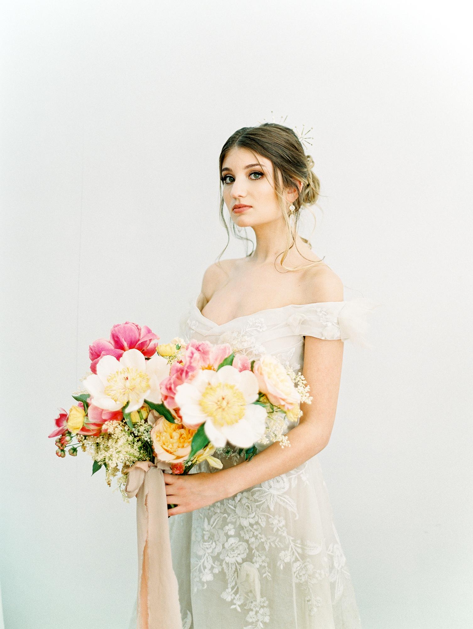 manhattan new york bridal wedding bouquet film fine art photos