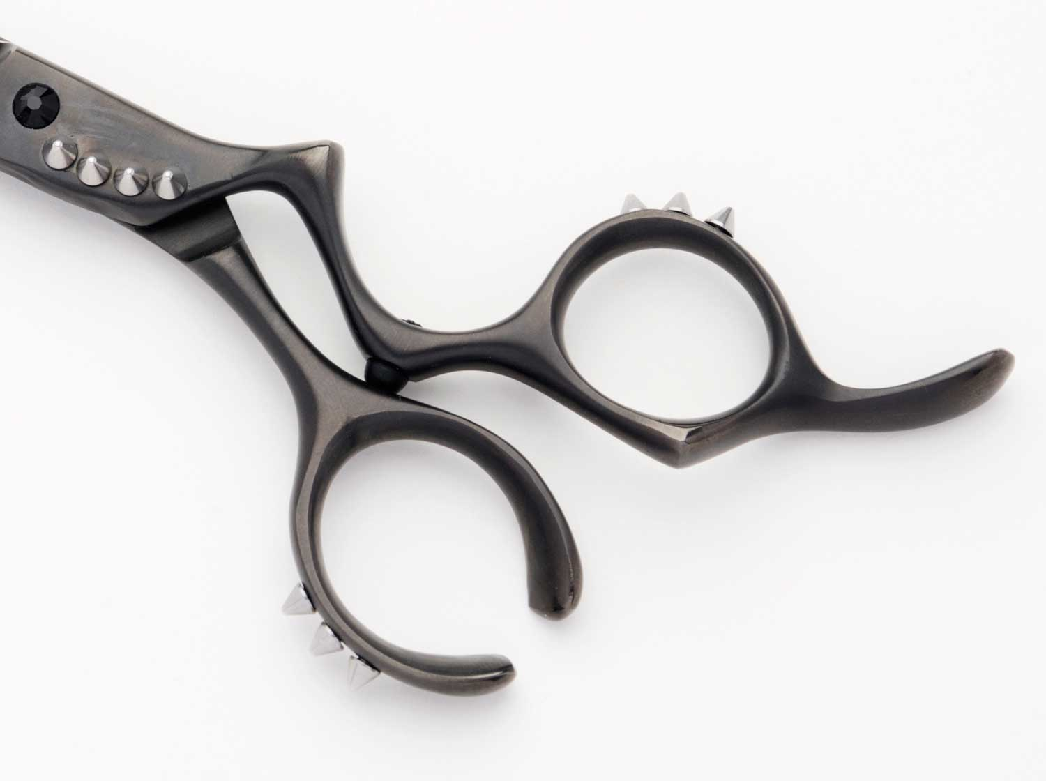 debut-rage-beauty-scissor-handle-with-10-metal-spikes.jpg