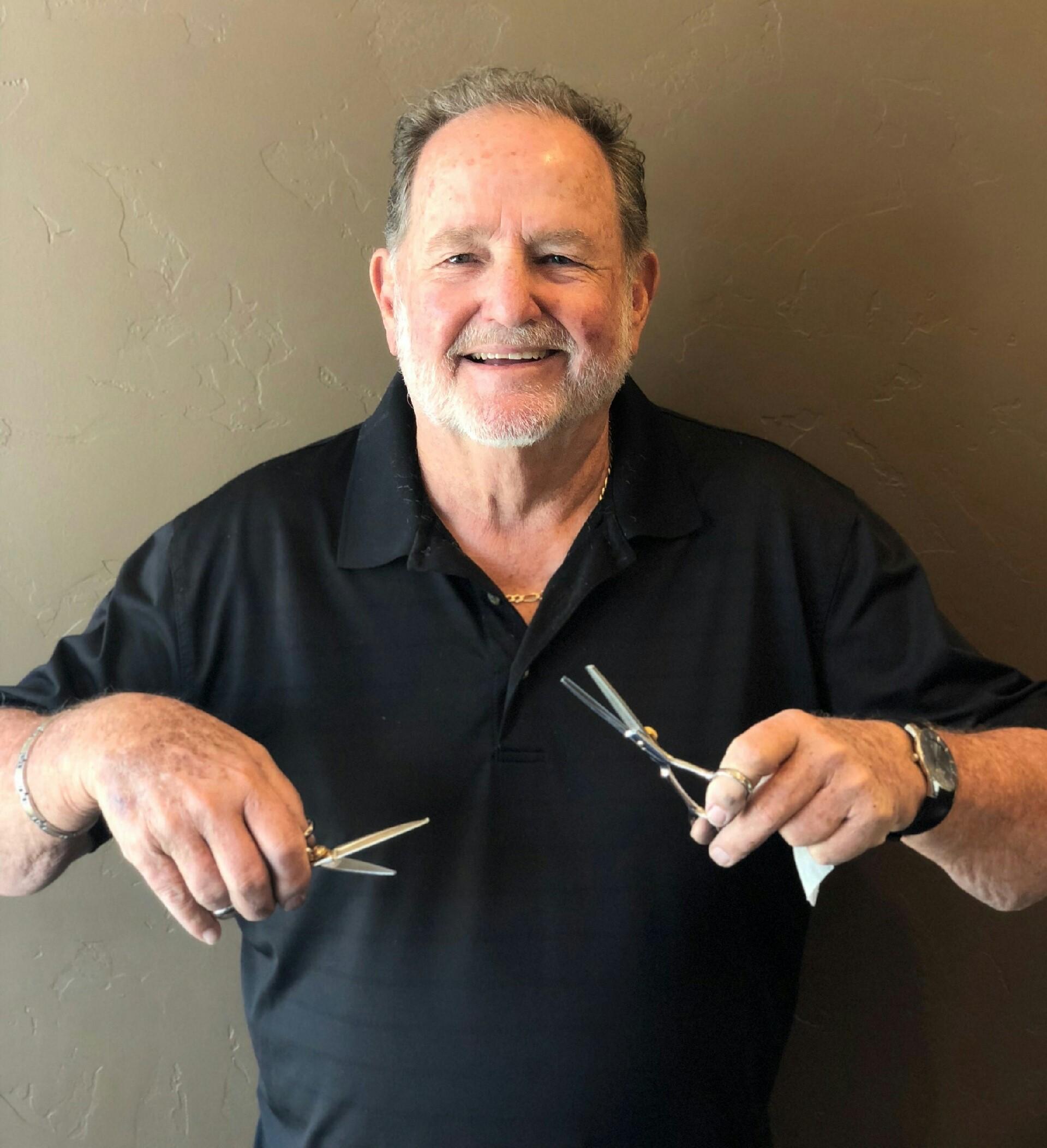 john-scott-j-s-products-scissor-salesman-sharpener-main-picture.jpg