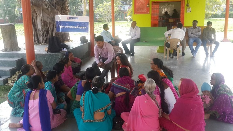 At the HDFC Bank-sponsored health clinic in Pune, India, women were keen to discuss Binti's initiative and empowering ideas.