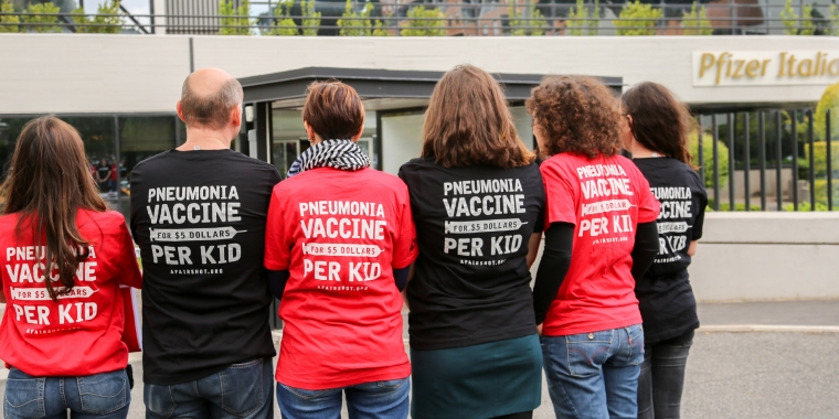 Doctors Without Borders delivers petition signatures to Pfizer in Italy.