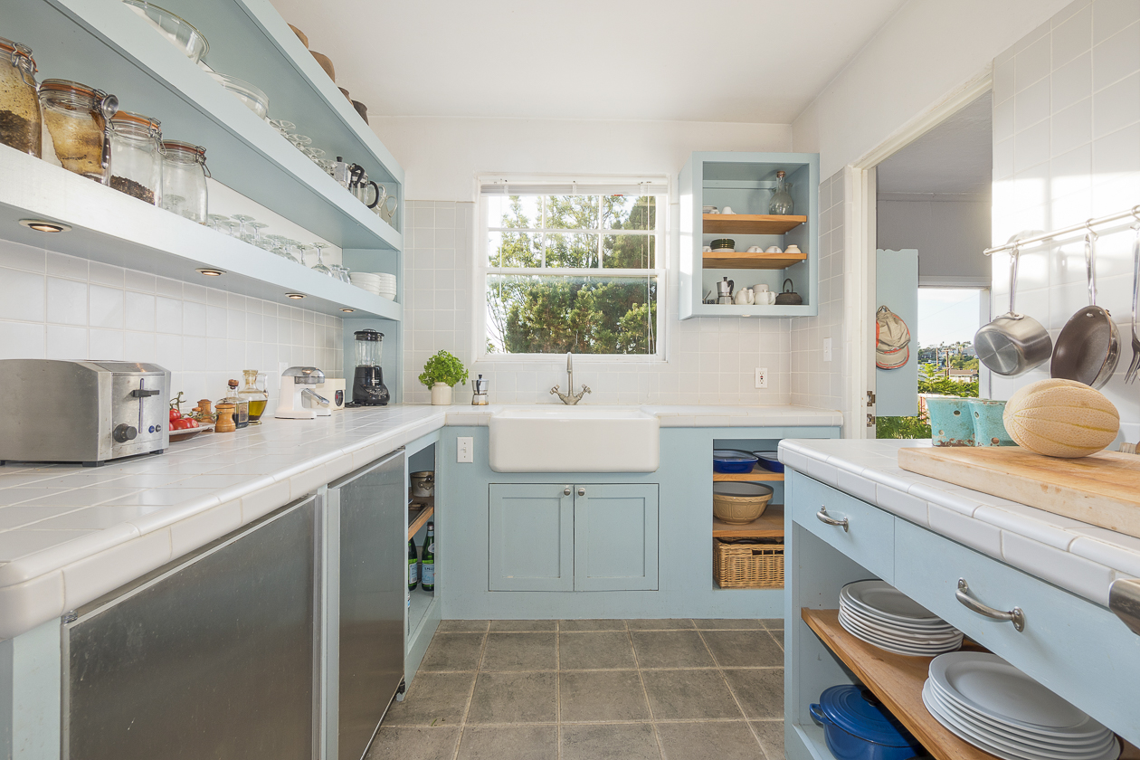 Kitchen Open Shelves.jpg