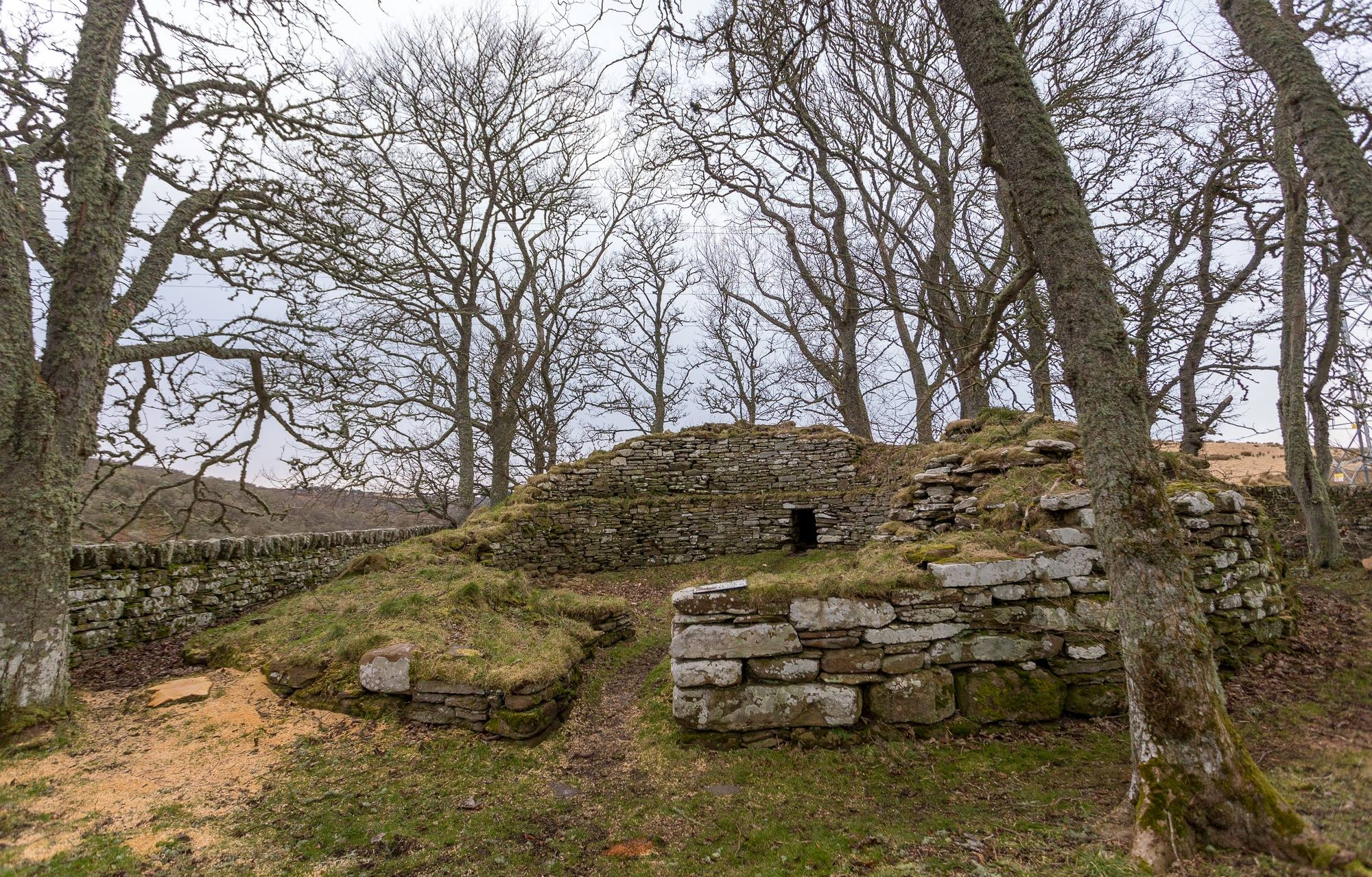 Dunbeath Broch - Laurence & Jessica Norah, of  Independent Travel Cats  &  Finding the Universe