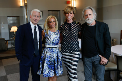 OTTAWA CITIZEN: Anderson Cooper and Bob Weir show support for Albert Einstein