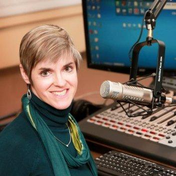 Julie Schuster, Journalist