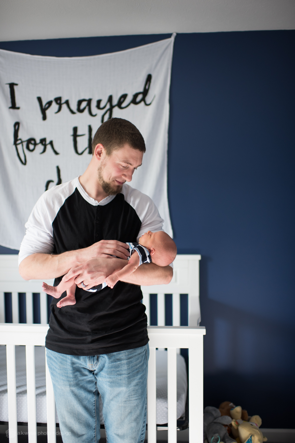 blog-ethan james {newborn 5.17}-7944.jpg