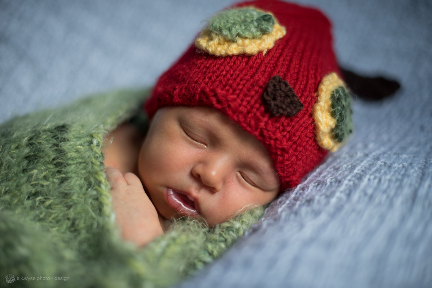 blog-ethan james {newborn 5.17}-8031.jpg