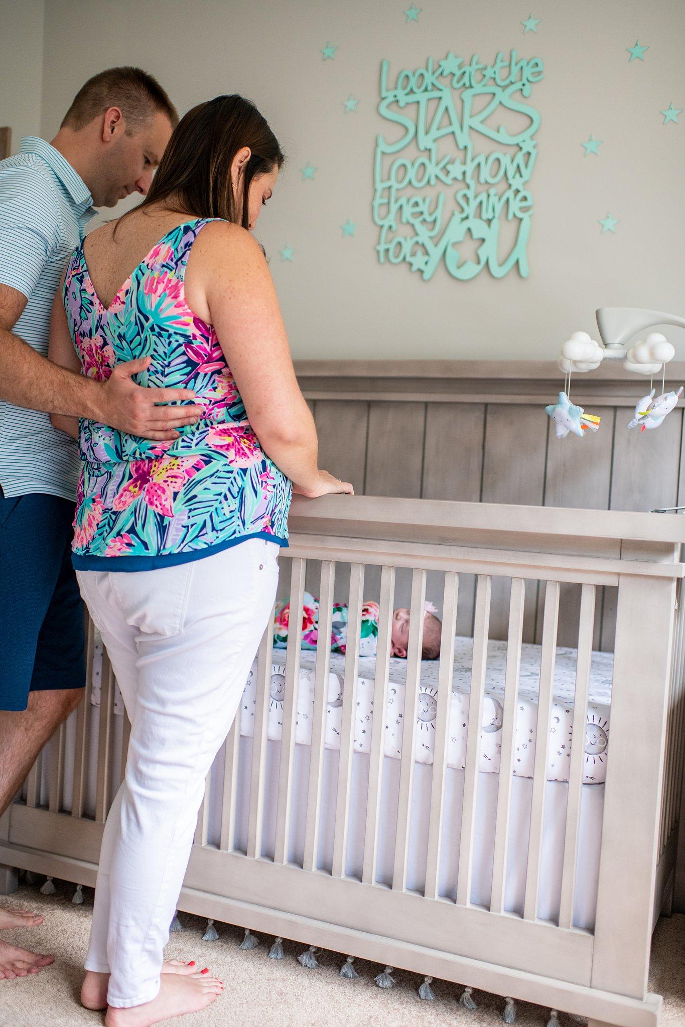 detroit lifestyle newborn photography-5.jpg