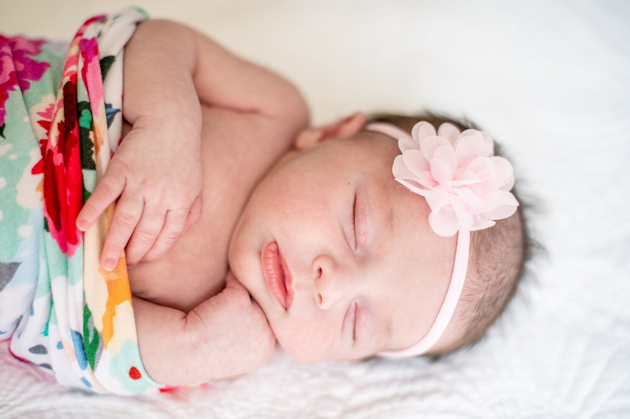 detroit lifestyle newborn photography-13.jpg